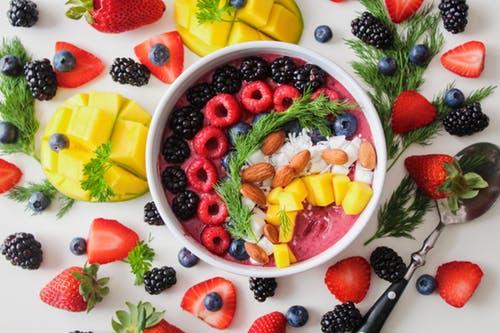 fruit smoothie bowl